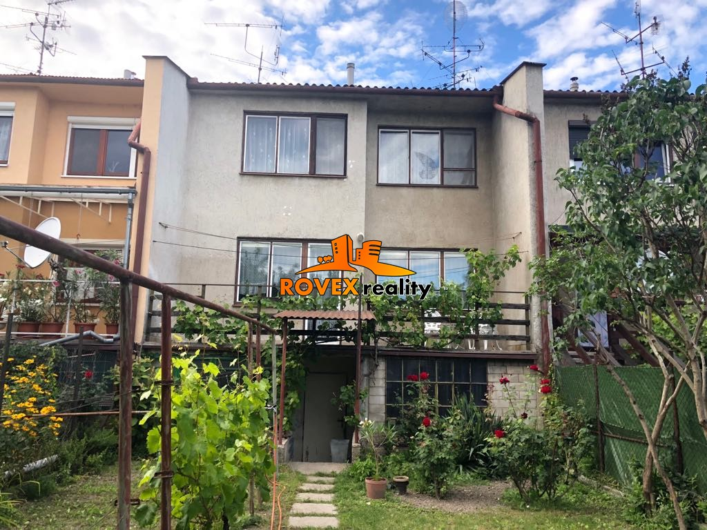 Rodinný dom vo výbornej lokalite, Komárno