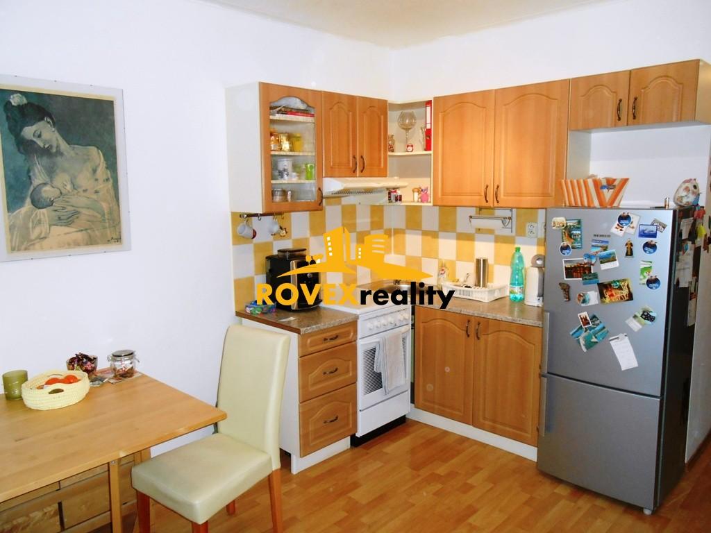 Jednoizbový byt prenájom, Topoľčany, M. Benku